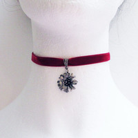 Black Velvet Choker, Metal Flower Choker, Gothic Choker, Velvet Choker, Choker Necklace, Sexy Choker, Bridal Necklace, Bridesmaid Necklace