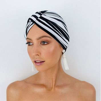 Amelie Shower Cap In Monochrome Stripe - Black and white shower wrap