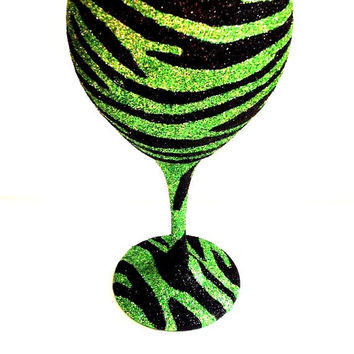 Large zebra wine glass