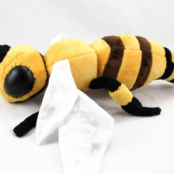 Realistic Bee Stuffed Animal Plush Toy Floppy Doll