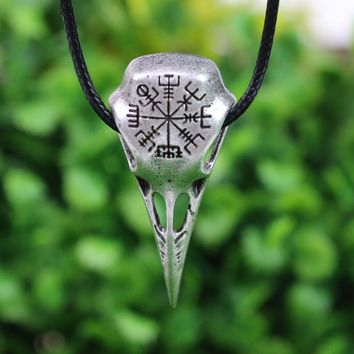 LANGHONG 10pcs Raven Necklace Nordic Vikings Vegvisir and Raven Skull Amulet Pendant Necklace Original Jewelry Talisman