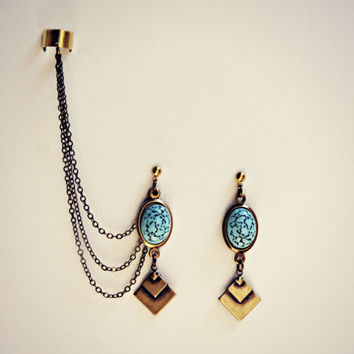 geometric turquoise ear cuff earrings, chains ear cuff, geometric ear cuff, ear cuff with chains, triangle earrings