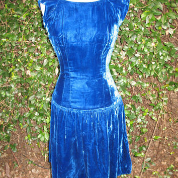 bluer than velvet were her eyes by OceansOfTime on Etsy