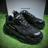 ONETOW Best Online Sale Fashion Balenciaga Triple-S Sneaker 17FW All Black Casual Shoe