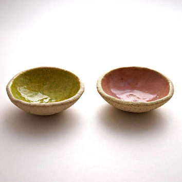 Set of 2 Pink and Lime Green ring Dishes ,Ceramic Bowl,Jewelry Dish ,Jewelry Holder ,Candle Holder ,Ceramic plate,