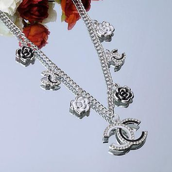 Chanel Woman Fashion Logo Flower Chain Necklace