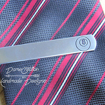8 Ball Tie Bar, Engraved Tie CLip, Custom Tie Clip, Personalized Tie Bar, Cool Guy Gifts, Billards, Groomsman Tie Clip, Pool Player Gifts