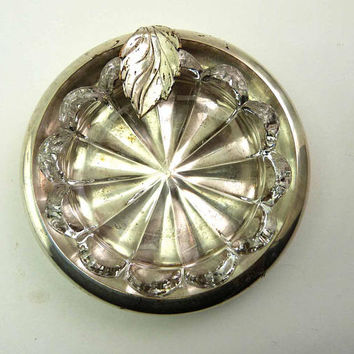 APOLLO 1950s Italian Silver Ashtray Leaf Vape Holder Quadruple Sterling Plate with Pressed Glass Scalloped Insert A 1493 Made in Italy Cigar