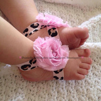 Leopard print barefoot sandals- cheetah print toe blooms-baby barefoot sandals- light pink cheetah