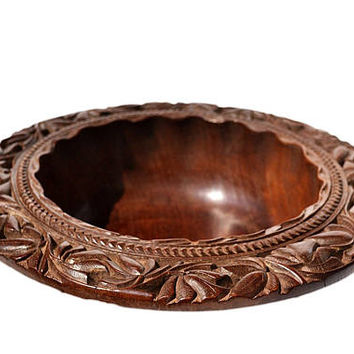 Handmade Wooden Serving Bowl - Fruit Bowl - Walnut Wood Bowl - Hand carved Bowl - Intricate Rim Salad Bowl - Gift for Grandma Housewarming