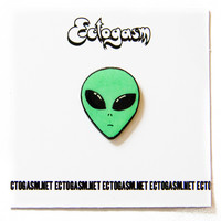 90s Grunge Alien Head Pin in Green