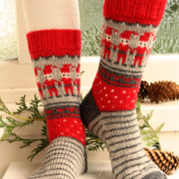 knit socks wool socks knitted socks Scandinavian pattern Norwegian socks Christmas socks gift to man. gift to woman men socks Women socks.