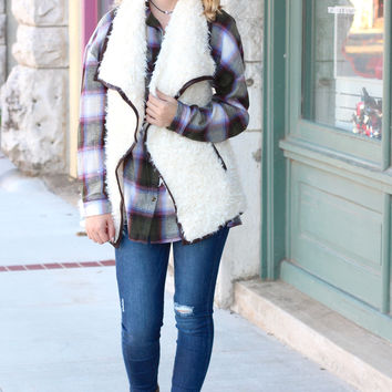 Warm + Fuzzy Feelings Fur Vest {Cream}