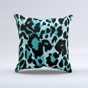 Vector Hot Turquoise Cheetah Print Ink-Fuzed Decorative Throw Pillow