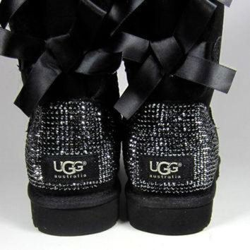 DCCK8X2 Toddler, Little Kid, and Youth UGG Black Bailey Bow Sheepskin Boots with Swarovski Cry