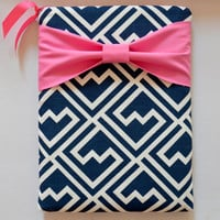 "Macbook Pro 13 Sleeve MAC Macbook 13"" inch Laptop Computer Case Cover Navy & White Pattern with Pink Bow"