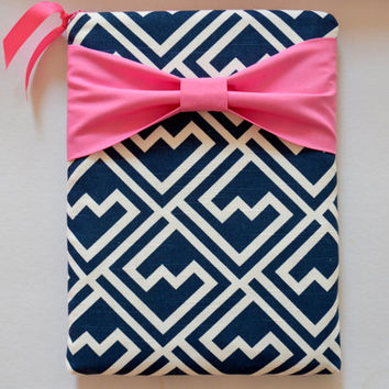 "Macbook Pro 15 Sleeve MAC Macbook 15"" inch Laptop Computer Case Cover Navy & White Pattern with Pink Bow"