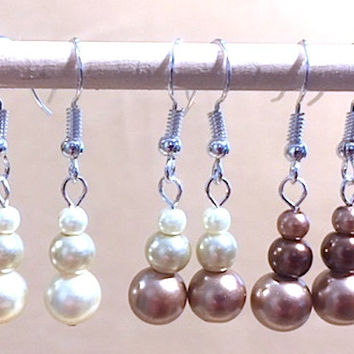Graduated Neutral Pearl Dangle Earrings, Handmade Original Fashion Jewelry, Classic Simple Elegant Sophisticated Glamorous Custom Wedding