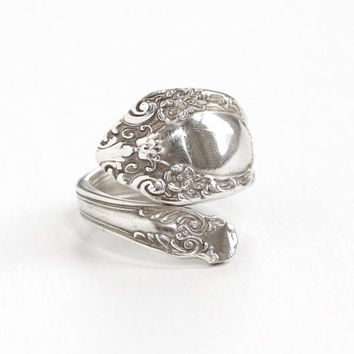 Vintage Sterling Silver Repousse Flower Spoon Ring - Retro Size 7 Bypass Floral Vine Statement Jewelry Hallmarked Alvin Prince Eugene
