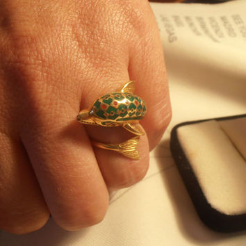 Vintage 18k gold enamel ring with dolphin size 6.5 - new with tags