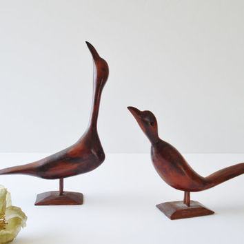 Vintage Hand Carved Wooden Birds, Pair Shore Birds, Exotic Wood Birds, Wood Bird Figurines, Dark Wood Carved Birds