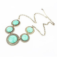 Green Round Shape Gem Stone Pendant Necklace