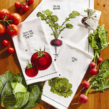 Farm to Table Dish Towel and Crate Set