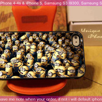 Despicable me cute - iPhone 4 / iPhone 4S / iPhone 5 / Samsung S3 / Samsung S2 Case Cover