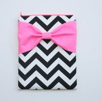 MacBook Pro / Air Case, Laptop Sleeve - Black and White Chevron with Neon Pink Bow and Back Pocket - Double Padded