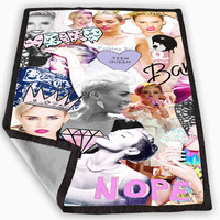 Miley Cyrus Photo collage Blanket for Kids Blanket, Fleece Blanket Cute and Awesome Blanket for your bedding, Blanket fleece *