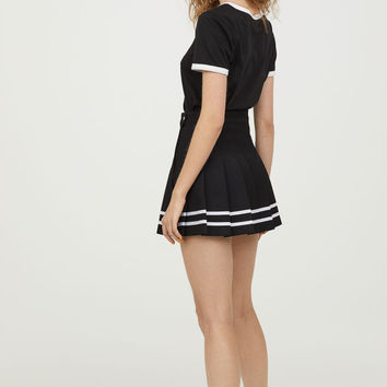H&M Pleated Skirt $29.99