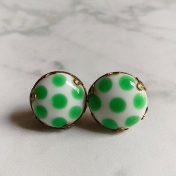 Vintage Screw Back Earrings/ Polka Dot Clip On Earrings/ Clip On Earrings/ Polka Dot Earrings/ Vintage Earrings/ Green and White Earrings