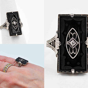Vintage Art Deco 10K White Gold, Black Onyx & Diamond Ring, Carved, Filigree, Flower, Floral, Size 5 3/4, 3.1 Grams, Superb! #c362