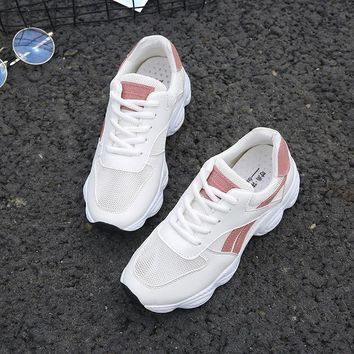 Breathable Sports Shoes Female Students Wild Track Shoes Fitness Net Women Shoes Vogue Table Tennis Shoes Sneakers