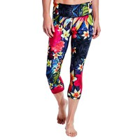 CALIA by Carrie Underwood Women's Essential Tight Fit Printed Capris | CALIA Studio
