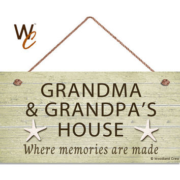 "Grandma and Grandpa's House Sign, Where Memories Are Made, Weathered Khaki Beach Sign, Grandparents Gift, Weatherproof, 5"" x 10"",  Starfish"