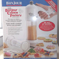 Bonjour Cookie Factory Decorating Kit 39 Pieces Battery Operated New In Box