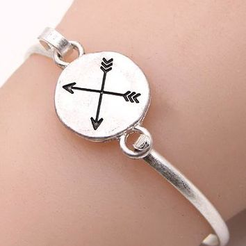 Moving Forward Arrow Disc Bracelet
