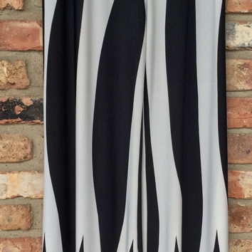 Black & White Zig Zag Palazzo Pants*FINAL SALE!*