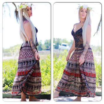 M L boho Vintage Hippie India print maxi skirt, Boho tribal maxi, Bohemian festival Indian print maxi skirt, retro 80s, True rebel clothing