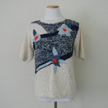 FREE usa SHIPPING Vintage ladies pullover knit blouse flower appliques scoop neck short sleeves by Alfred Dunner size S