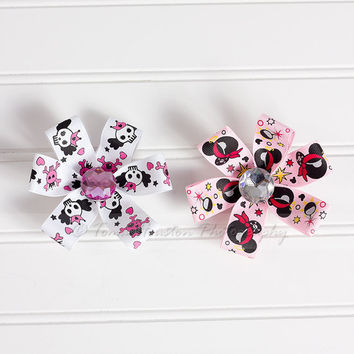 Mickey Mouse Hair Clip Pirates and Skulls by Tomastutusandthings