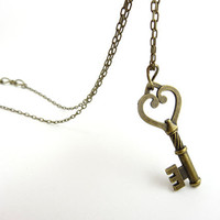 Key Heart Necklace Pendant Vintage Bronze Skeleton Key Necklace Handmade Jewelry