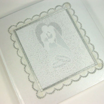 Wedding Guest Book with Vintage Lace, Personalized Guest Book, Wedding Guestbook, Wedding Sign In Book, Wedding Guest Album, White Wedding