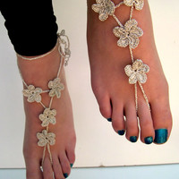 Silver Barefoot Sandals, barefoot sandles, Crocheted Fower Anklet, Foot Jewelry, Beach Wedding, Bride accessory, metallic silver cotton