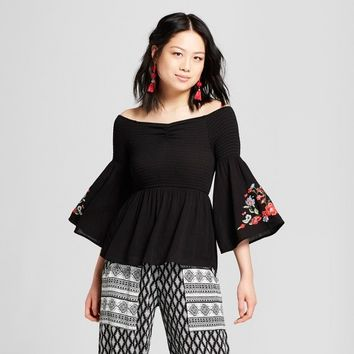 Women's Off the Shoulder Bell Sleeve Embroidered Top - Almost Famous (Juniors') Black