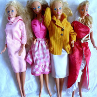 We Love BARBIE Dolls Nice Lot of 4 Vintage Mattel 1980 - 1990 Mechanical Great Condition