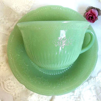 Vintage Fire King Jadite Alice cup & saucer set, 1940's green Anchor Hocking Jadeite floral pattern teacup tea cup saucer set
