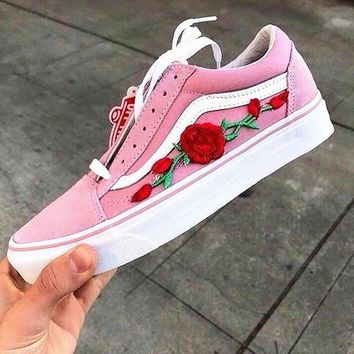 Vans Classics Old Skool Rose Embroidery Trending Fashion Black Sneaker Pink G