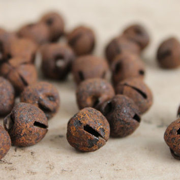 25 Tiny Rusted Jingle Bells - 3/8 Inch Primitive Christmas Jingle Bells - Holiday Bell Trims